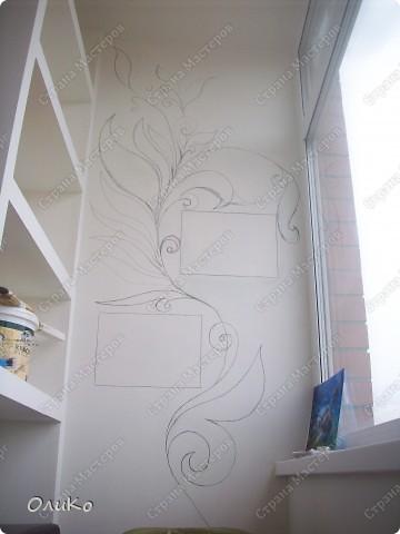 Неделю назад нашла в магазине вот такие картинки - формат А4.... Эффект двух картин, т.е. смотришь под одним углом - плывет черепаха, под другим углом - семья дельфинов.... Мне так они понравились, что я решила задекорировать одну из стен на балконе фото 7