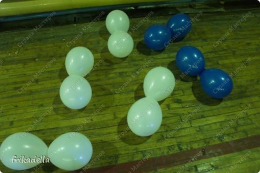 Дорогие друзья! Представляю вашему вниманию иллюстрированный курс по изготовлению гирлянды из воздушных шаров.  Нам потребуются шары диаметром 20-25 см (10 или 12 дюймов)  фото 7