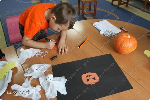 Праздновали мы Хэллоуин в нашей школе 31 октября, но т.к. я готовила МК времени не хватало, чтобы поделиться с вами.   фото 13