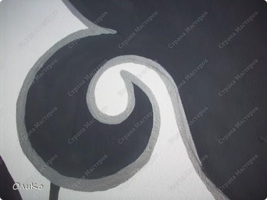 Неделю назад нашла в магазине вот такие картинки - формат А4.... Эффект двух картин, т.е. смотришь под одним углом - плывет черепаха, под другим углом - семья дельфинов.... Мне так они понравились, что я решила задекорировать одну из стен на балконе фото 10