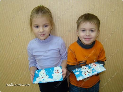 Вот какие предновогодние Снеговик и Елочка поселились в нашей комнате. Они пушистые и такие милые. фото 5