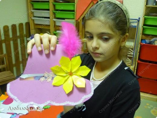 Мастерили мы с детьми 6-11 лет большие открытки-шляпы. Идея использована из блога Татьяны Просняковой.  https://stranamasterov.ru/node/8052 фото 4