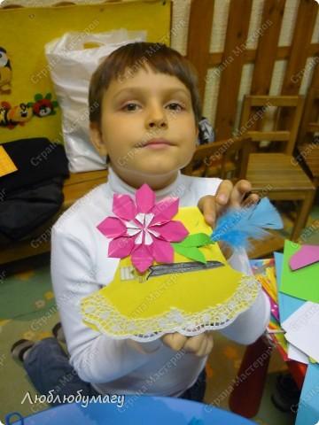 Мастерили мы с детьми 6-11 лет большие открытки-шляпы. Идея использована из блога Татьяны Просняковой.  https://stranamasterov.ru/node/8052 фото 5