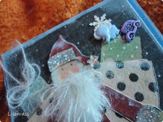 """Поставлю и этого красавца в задание СкрапМагии """"Новый год"""" Там столько красивостей, может, ему придется там по душе http://scrapmagia-ru.blogspot.com/2011/11/blog-post_23.html  Вот такой неожиданно ангельский  дед Мороз он же Санта Клаус появился на свет для маленького трогательного мальчика, который видит мир через призму своего счастливого детства, широко раскрытыми глазами . фото 9"""