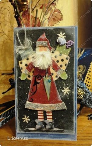 """Поставлю и этого красавца в задание СкрапМагии """"Новый год"""" Там столько красивостей, может, ему придется там по душе http://scrapmagia-ru.blogspot.com/2011/11/blog-post_23.html  Вот такой неожиданно ангельский  дед Мороз он же Санта Клаус появился на свет для маленького трогательного мальчика, который видит мир через призму своего счастливого детства, широко раскрытыми глазами . фото 1"""