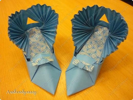 """Коллекцию """"итальянской"""" обуви создавали дети 8-12 лет. фото 6"""