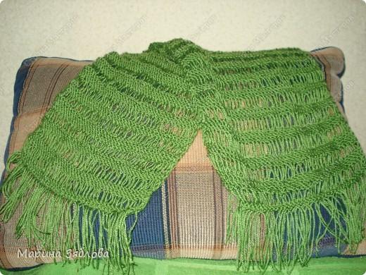 Добрый день . Давно хотела ажурный шарфик , и вот наконец-то он у меня есть . Вяжется очень просто . Результат мне очень нравится ))) фото 1
