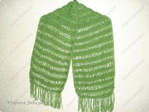 Добрый день . Давно хотела ажурный шарфик , и вот наконец-то он у меня есть . Вяжется очень просто . Результат мне очень нравится ))) фото 3