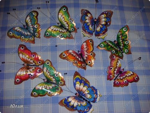 бабочки сделаны из пластиковых бутылочек... фото 6