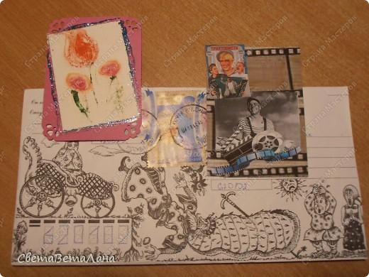 серия НОВОГОДНЕЕ НАСТРОЕНИЕ ... ............картон , гуашь черная, лист из журнала, дожь новогодний , лак для ногтей......... фото 8