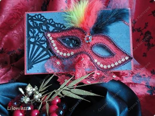 """Здравствуйте, здравствуйте, здравствуйте. Сегодня у нас обещанная новогодняя ночь в красном. И я попробую поучаствовать с ней еще и в задании """"Новый год"""" в блоге СкрапМагия вот здесь http://scrapmagia-ru.blogspot.com/2011/11/blog-post_23.html . Мы с вами выбираем цвет новогодней ночи. Что же о красном? Красный цвет олицетворяет могущество, прорыв, он всегда добивается того, чего хочет. Он всегда в движении, всегда источник энергии. Красный цвет любит быть первым, но не всегда может им быть.  Красный  символизирует страсть, возбуждает страстность, т.е. страстно любит, страстно ненавидит и страстно верит.  Так по-русски, наотмашку. фото 1"""