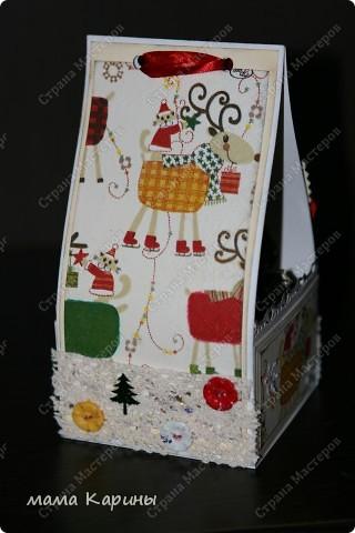 Приветствую всех заглянувших мастериц в гости!!!! сегодня я к вам с НГ коробочкой для конфет (идея не моя подсмотрена в инете...шаблона не было пришлось придумывать самой) размеры основания 9*9 см высота см 17 фото 6