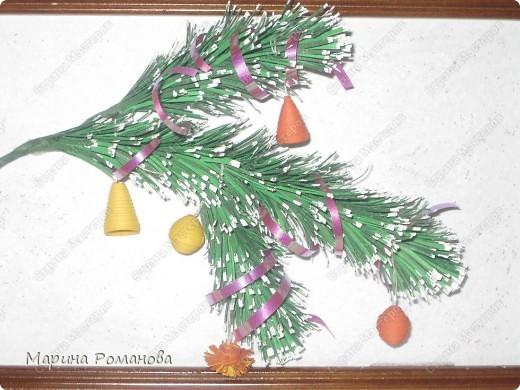 Сегодня я училась делать новогоднюю веточку по МК Ларисы Засадной, за что ей огромное спасибо! фото 3