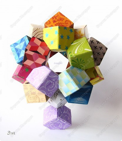 короче говоря............ была у меня мечта, а как известно, мечтам свойственно сбываться)  и вот она осуществилась, принимайте результат)) хочу предупредить сразу,фотографий будет много, очень много))  Columbus Cube (20+60) Designer: David Mitchell Parts: 480  Paper:6*6,3*3 cm  Final: 15 cm  фото 12