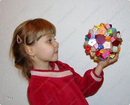короче говоря............ была у меня мечта, а как известно, мечтам свойственно сбываться)  и вот она осуществилась, принимайте результат)) хочу предупредить сразу,фотографий будет много, очень много))  Columbus Cube (20+60) Designer: David Mitchell Parts: 480  Paper:6*6,3*3 cm  Final: 15 cm  фото 17