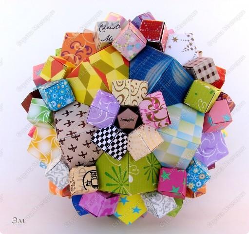 короче говоря............ была у меня мечта, а как известно, мечтам свойственно сбываться)  и вот она осуществилась, принимайте результат)) хочу предупредить сразу,фотографий будет много, очень много))  Columbus Cube (20+60) Designer: David Mitchell Parts: 480  Paper:6*6,3*3 cm  Final: 15 cm  фото 4