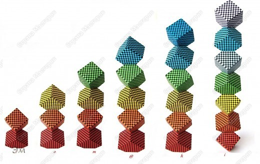 короче говоря............ была у меня мечта, а как известно, мечтам свойственно сбываться)  и вот она осуществилась, принимайте результат)) хочу предупредить сразу,фотографий будет много, очень много))  Columbus Cube (20+60) Designer: David Mitchell Parts: 480  Paper:6*6,3*3 cm  Final: 15 cm  фото 7