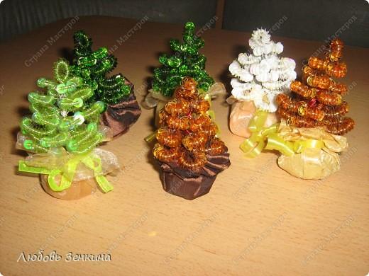 Предлагаю  к Новому году сделать сувениры своими руками, для этого нам понадобиться на 2 Ёлочки фото 7