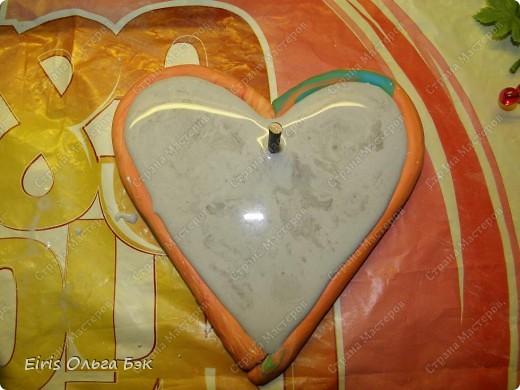 Вот такие сердечки у меня получились из гипса при помощи пластилиновых отпечатков. фото 5