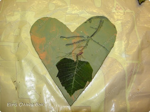 Вот такие сердечки у меня получились из гипса при помощи пластилиновых отпечатков. фото 4