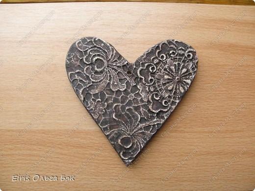 Вот такие сердечки у меня получились из гипса при помощи пластилиновых отпечатков. фото 16