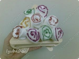 Декоративная корзинка  и розы