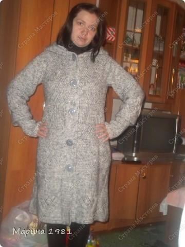 Пальто связано для сестры, поэтому мне немного великовато фото 3