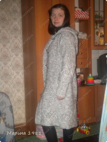 Пальто связано для сестры, поэтому мне немного великовато фото 1