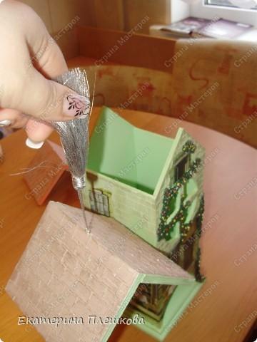 Вот такой домик для чая я сделала в подарок. Предлагаю Вам тоже попробовать сделать. Чудный подарок.  фото 40