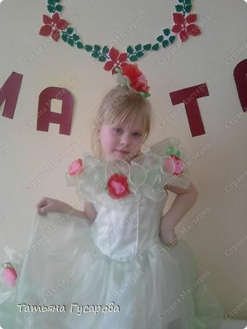 Долго вынашивала идею платья своей дочери на 8 марта и вот теперь выношу на ваш суд, уважаемые мастерицы. фото 1