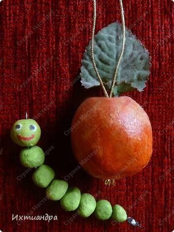 Весёлый мухомор! )) (кашпо для кактусов декорировано оракалом - самоклеющейся плёнкой) http://stranamasterov.ru/node/250377 фото 6