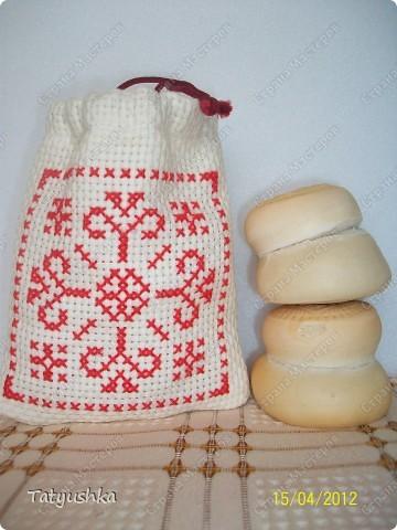 Мешочки для просфор сшиты из канвы и ткани, вышиты крестиком и лентами. фото 4