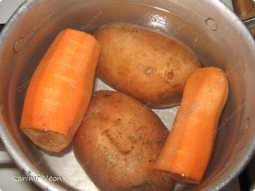 ЛЁГКИЙ и ЛЕТНИЙ суп-пюре. Приготовляется за 25 минут. Минимум продуктов.  Порций, наверное 3-4, но я съел всё сам за два захода :))). Очень люблю этот супчик :)))))))))))))))))) фото 2