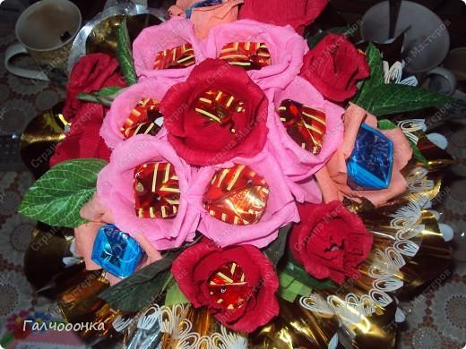 Букет делала на 8 марта для любимой свекрови! Цветы были сделаны заранее... на всякий случай! А собирала я его уже ночью!!!! фото 1