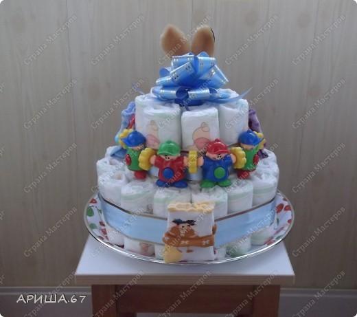 Очень давно хотелось сделать тортик из памперсов, да повода не было... А теперь повод есть... УРА!!! фото 1