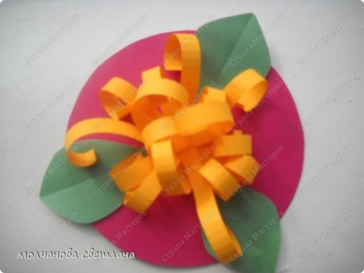 Вот такие цветочки делали детки 5 лет в подарок мамам на 8 марта. фото 1