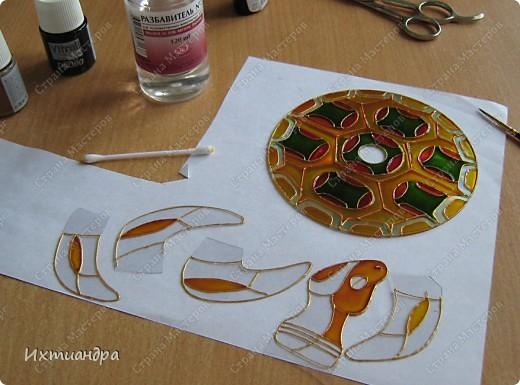 Знакомьтесь, новый житель моей коллекции - золотая черепаха. В этом посте я расскажу об этапах работы над ней и поделюсь советами витражной росписи. фото 15