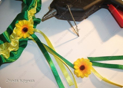 Вот такую подвязку я сшила себе на свадьбу.  фото 7