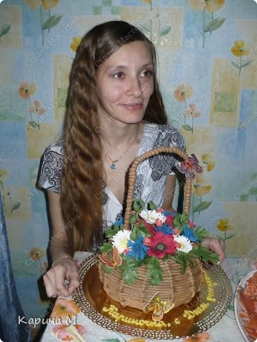 Вот такой замечательный тортик мне подарила сестренка на день рождение. Тортик ручной работы, делали на заказ.  фото 4