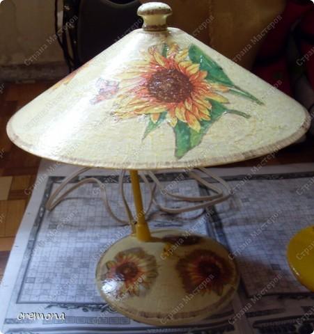 """Эта лампа моего детства. Ей уже лет 45(раритет прошлого столетия, как и я :)))) ) С ней """"выросла"""" я и мои детки! Теперь она на заслуженном отдыхе, на даче... фото 3"""