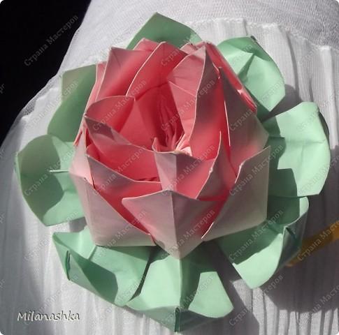 Лотос оригами. Подарили крёстной.