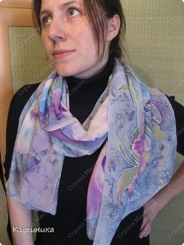 Продолжаю потихоньку осваивать батик, вот такой шарфик с анютками получился фото 4