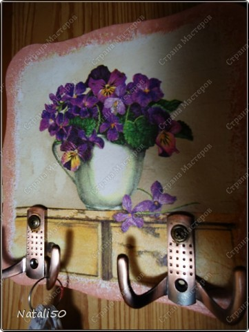 Доброй всем ночи !!! Решила сделать вазочку с земляникой...использовала рисовую бумагу )) Мне нравится с ней работать )))  фото 4