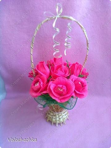 Привет всем моим гостям) Перед вами корзинка сладких роз, которую сделала в подарок для нашей соседки.... фото 3