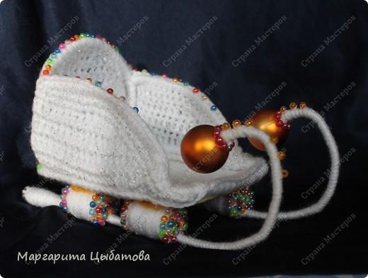 Всё нужно делать заранее... Подружка снеговичка! В основании два небьющихся новогодних шарика,обмотанных пряжей! фото 5