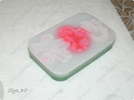 Базовый состав всех мыл одинаковый - основа (белая или прозрачная), масло манго, пальмовое масло фото 6