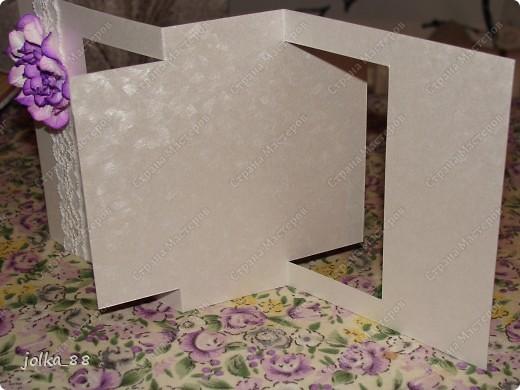 Недавно меня очень увлекли открытки необычной формы. А когда я встретила вот такой вот шаблончик: http://www.stampington.com/temptingtemplates/pdfs/SAM1202.pdf то сразу решила, что нужно создать пригласительную открытку на свадьбу такой формы.  Вот, что получилось: фото 3