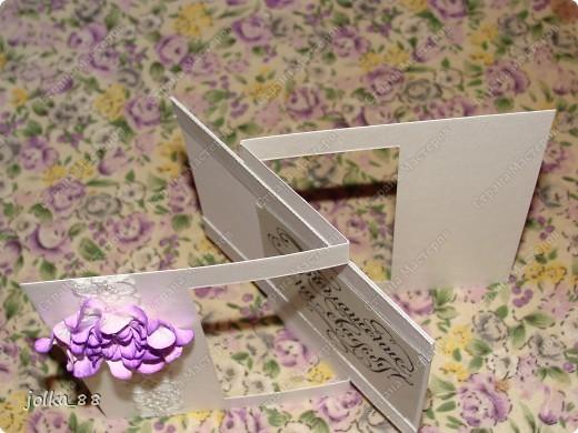 Недавно меня очень увлекли открытки необычной формы. А когда я встретила вот такой вот шаблончик: http://www.stampington.com/temptingtemplates/pdfs/SAM1202.pdf то сразу решила, что нужно создать пригласительную открытку на свадьбу такой формы.  Вот, что получилось: фото 4