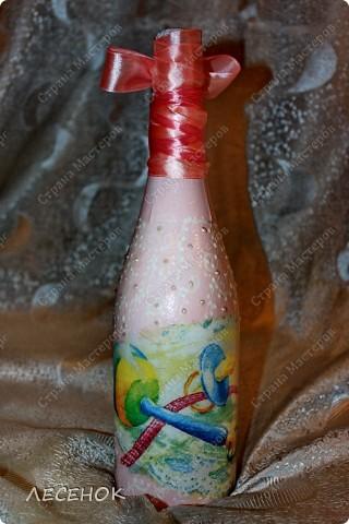 Бутылки сделались в дополнение к этим бокалам http://stranamasterov.ru/node/384631 Делались быстро, фотографировались еще быстрее, на ходу практически.  фото 11