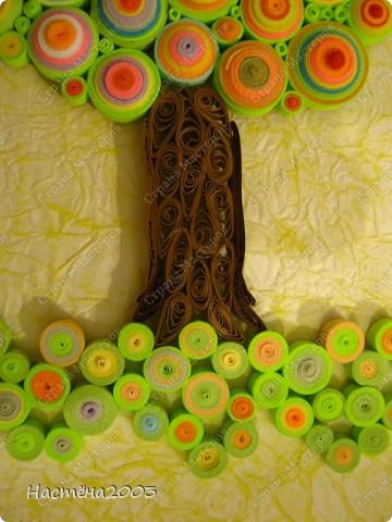 Понравились деревья Мастериц: Дерево любви http://stranamasterov.ru/node/344014?tid=587, Дерево радости http://stranamasterov.ru/node/139858, Упаковка денежного подарка и бонбонерки к юбилею http://stranamasterov.ru/node/305557 и решила, что тоже хочу сделать дерево, но не простое -  Сказочное. Рамку мама еще не углубляла, пока только примерка. Не судите строго, я только учусь. фото 4